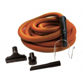 Ensemble pour aspirateur central - boyau 9 m (30') de couleur orange avec embout et poignée - brosse à épousseter - brosse pour meubles - outils de coins - manchon télescopique en plastique - support en métal pour boyau - noir